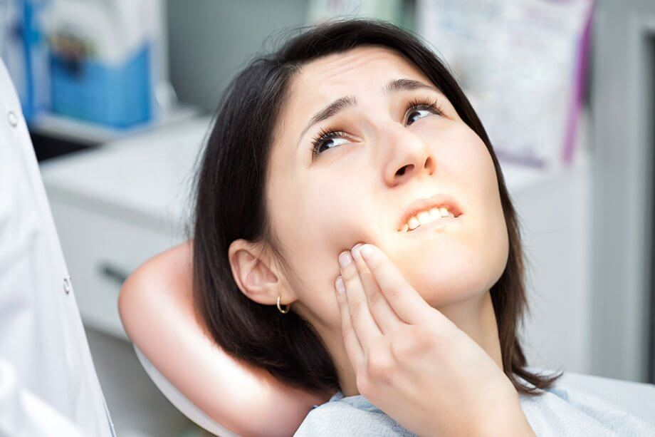 Top 7 Dental Implant Complications to Watch Out For